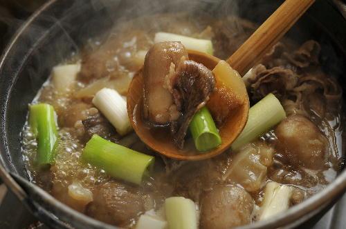秋は<芋煮>★母ゆずりのレシピ◎美味しい秋に乾杯ッダナ♪・・の巻